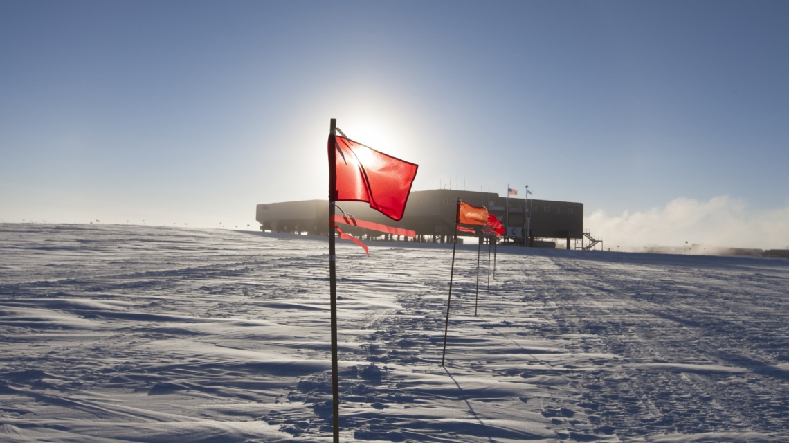 Marked path from the IceCube lab to the South Pole Station in Summer. (Credit: Freija Descamps/NSF, 2011)